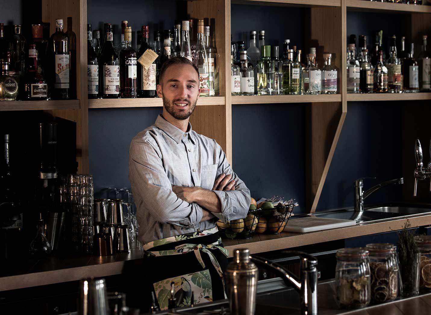 airmail cocktail bartender mixologue germain